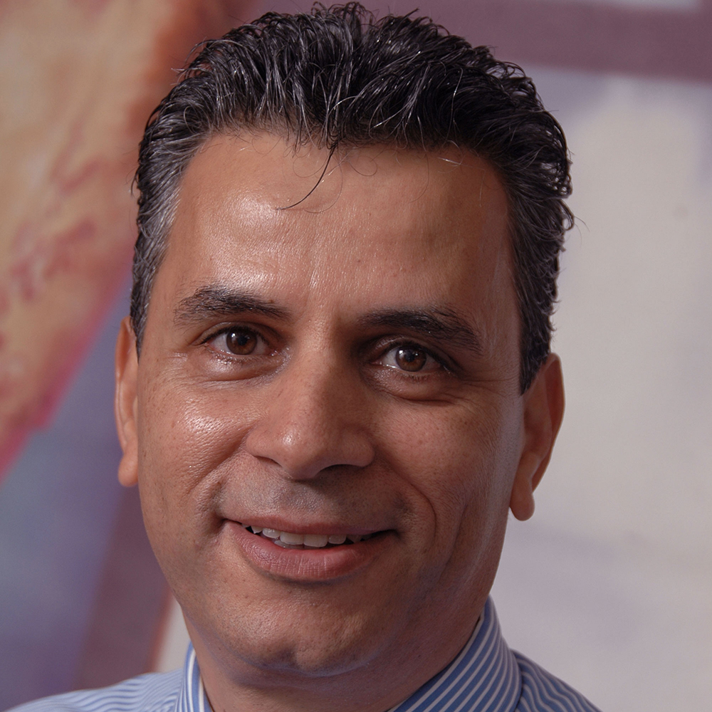 DR. NADER BUTTO
